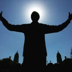 Nelson Mandela Statue – Halo