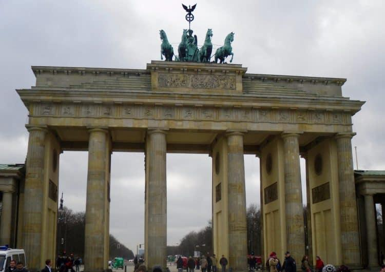 A Trip to Berlin | 5 Daytime Sights and 5 Nightime Clubs