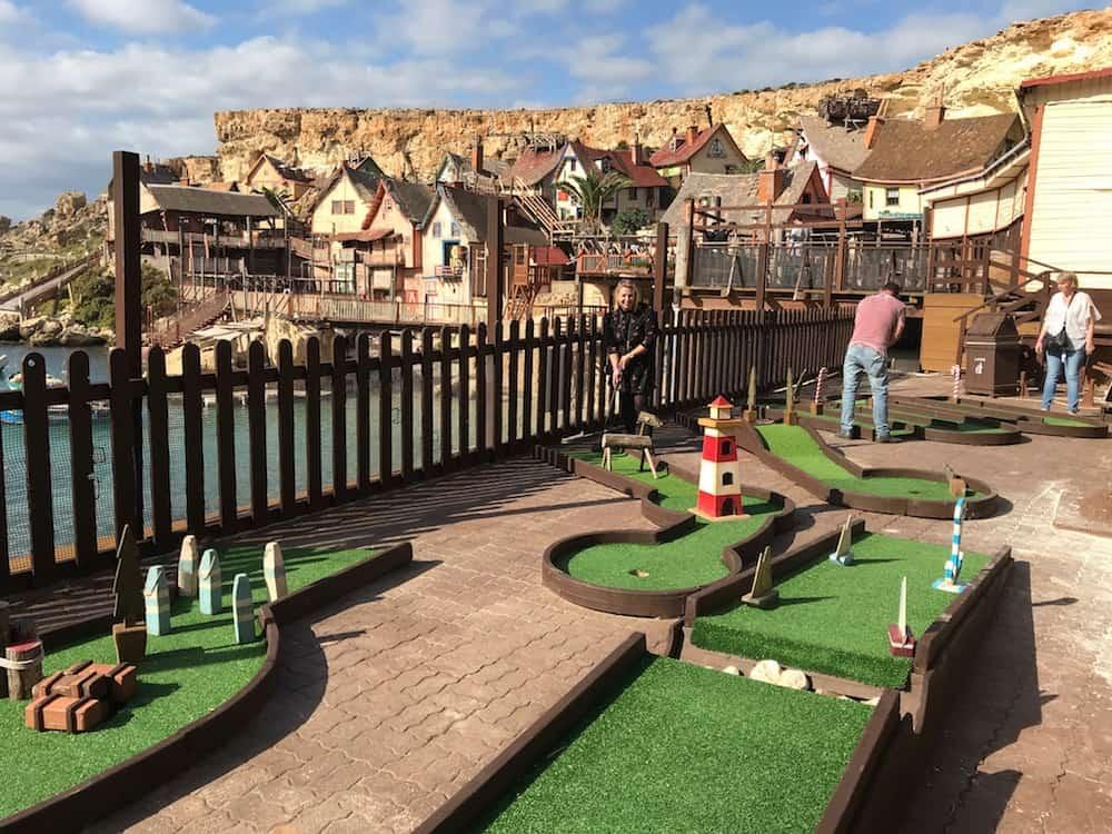 Mini Golf, Popeye Village