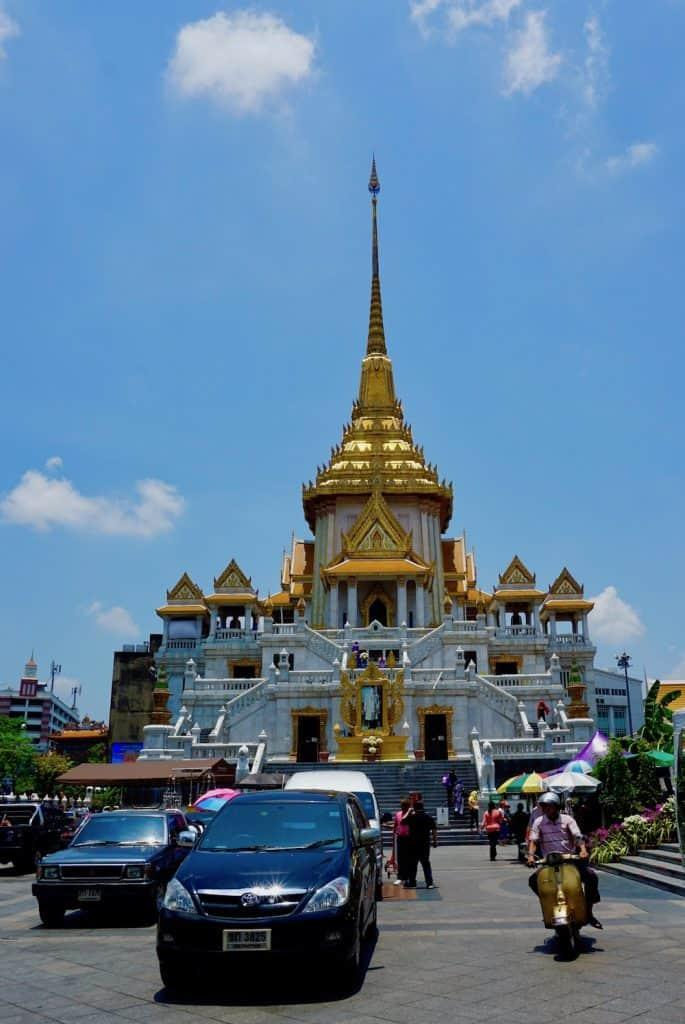 Exterior of Wat Traimit