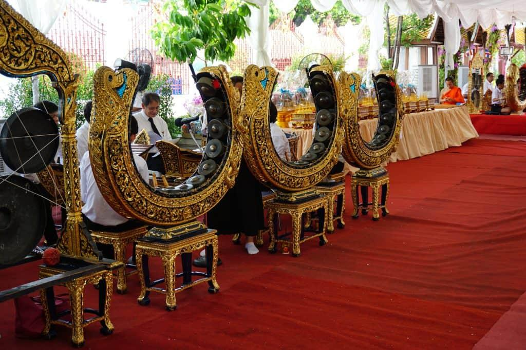 Traditional music at Wat Arun