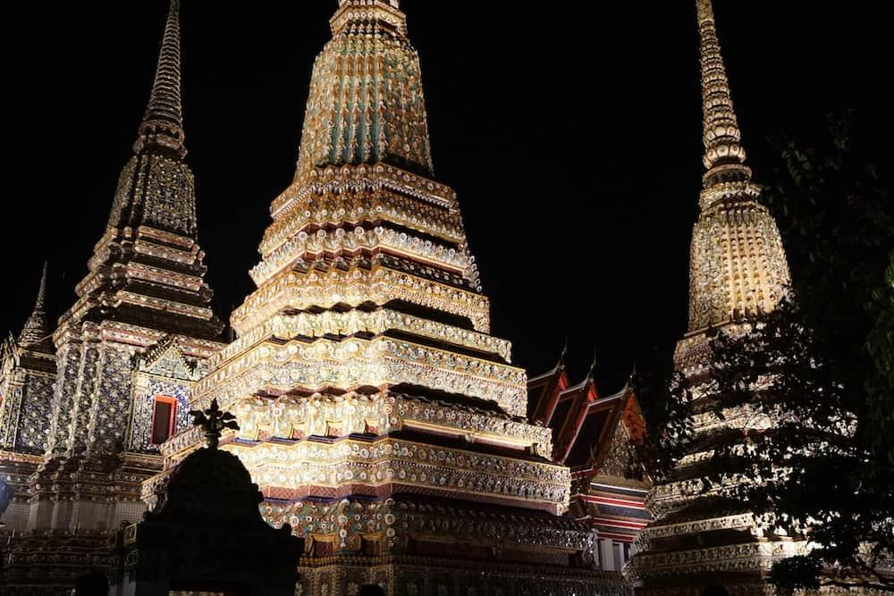 Wat Pho in the evening