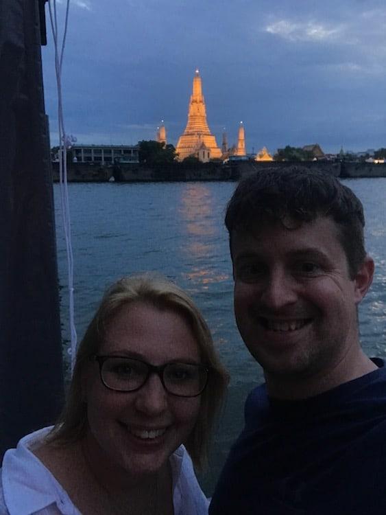 Wat Arun sunset selfie