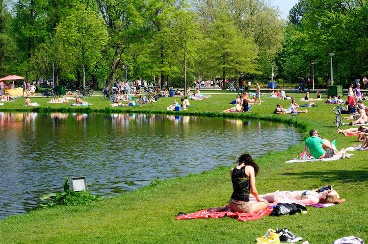 Cool Things to do in Amsterdam   vondelpark