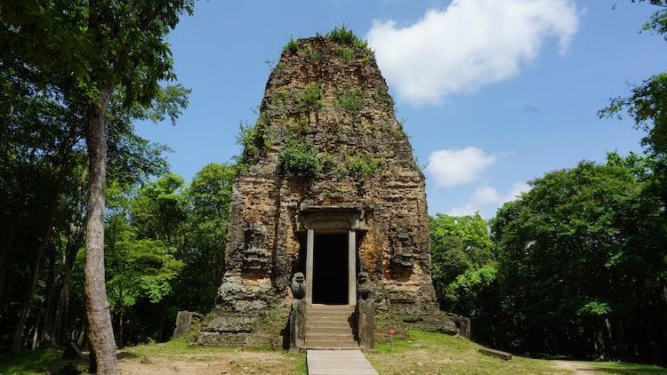 Lion Temple - Sambor Prei Kuk