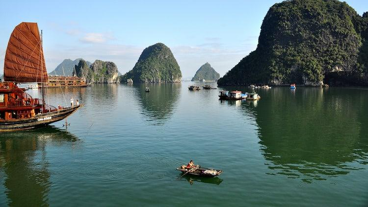 Northern Vietnam Tourist Attractions - Ha Long Bay
