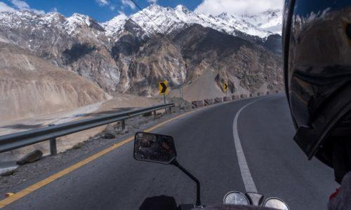 Travelling North Pakistan on a Motorbike on a 1 month sabbatical