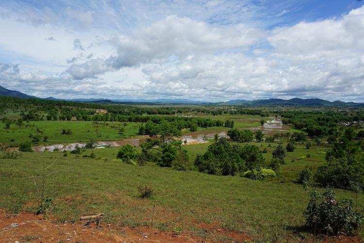 Views over the plain of jars