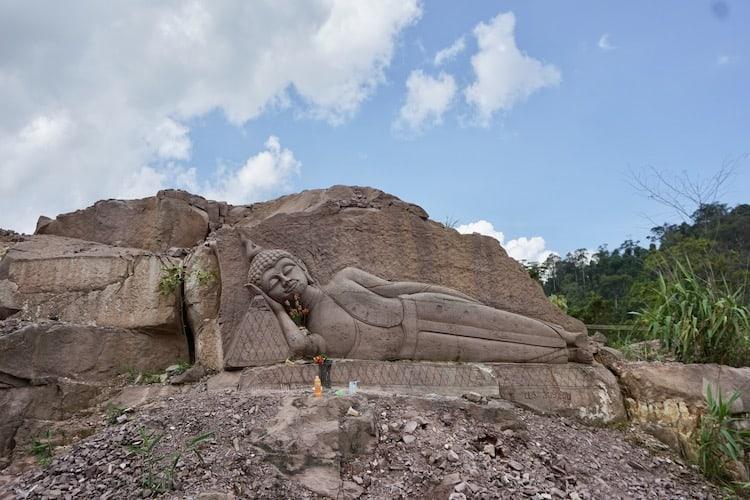 Buddha Rock Carving Thakhey Loop