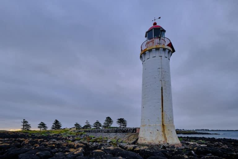 18 Eclectic Things To Do in Port Fairy (& The Local Area)