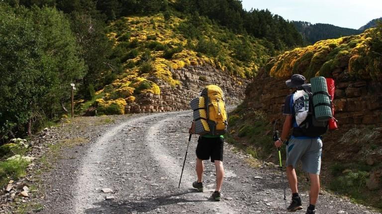 Best Lightweight Hiking Gear for Long-Term Travel