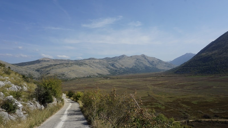 a dirt road in bosnia herzegovina