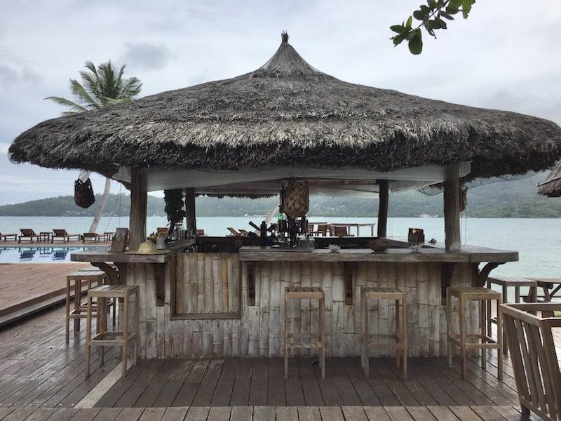 outdoor bar at la buse restaurant